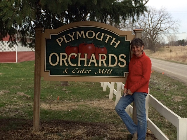 Plymouth Orchards Sign