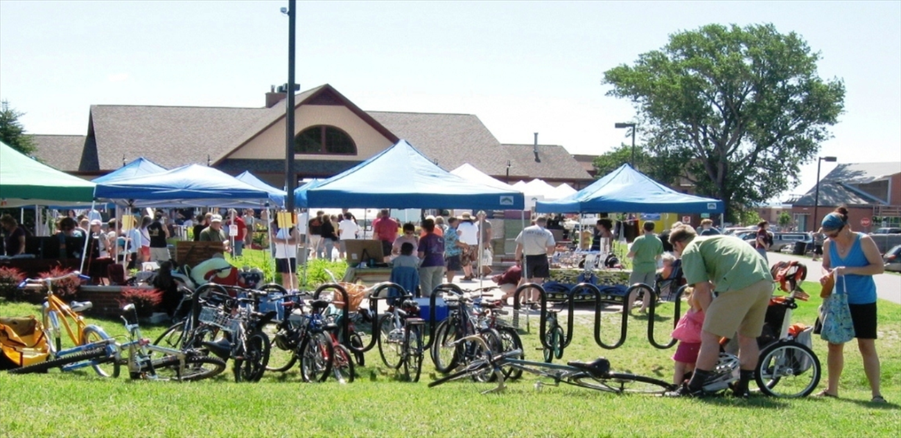 The Downtown Marquette Farmers Market